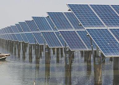大青水库渔光互补光伏项目或于10月底竣工