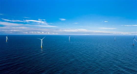 位于苏格兰的全球首座浮式风电场开始发电