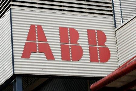 惠普联手ABB抢占智能工业高地