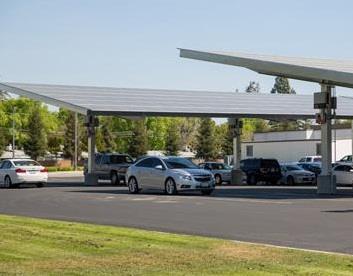 目前国内最大的停车场光伏发电项目投运