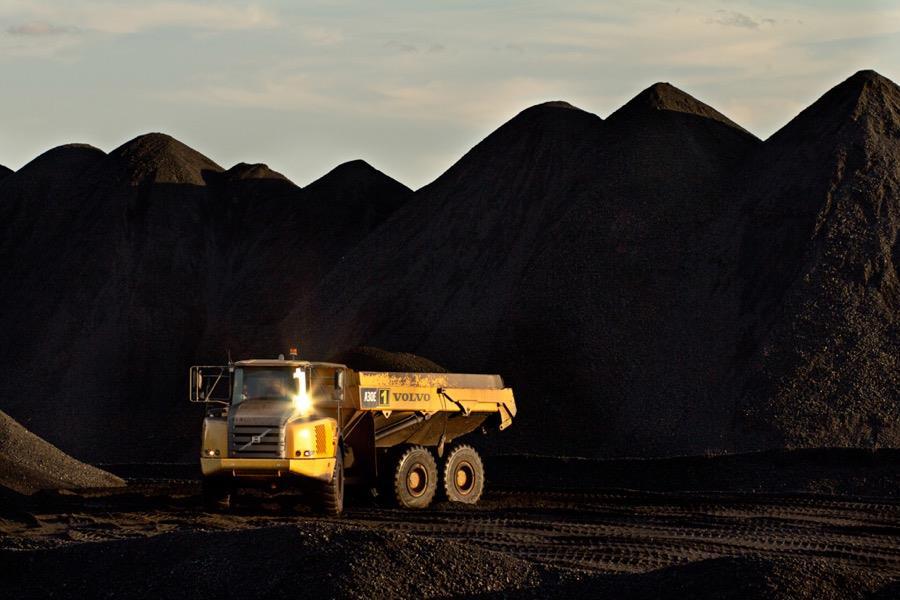 力拓将出售最后一批煤炭资产 嘉能可等参与竞标