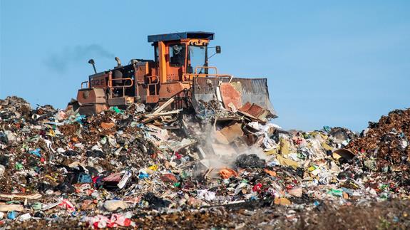 中国颁布24种废物进口禁令 英国废物开始囤积
