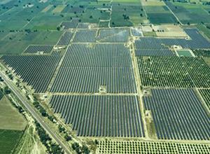 Azure电力获特伦甘纳邦100MW太阳能项目
