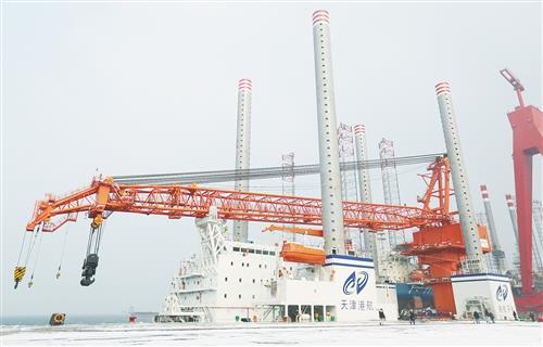 新型海上风电施工平台交付