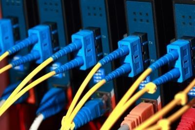 韩国电信公司承建加蓬528千米光纤网络项目