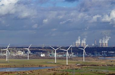 到2040年全球可再生能源预计增长5倍