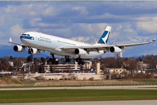 连续两年亏损 国泰航空谋求转型