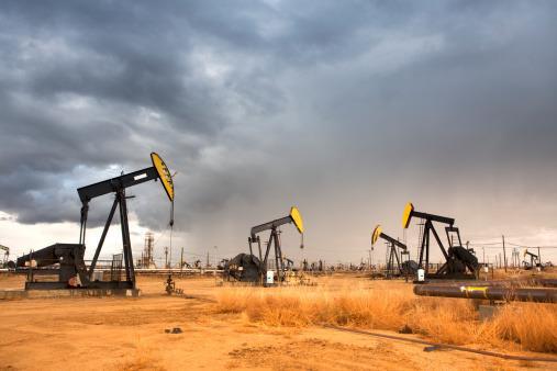 中石油11.8亿美元拿下阿布扎比两座油田10%特许权