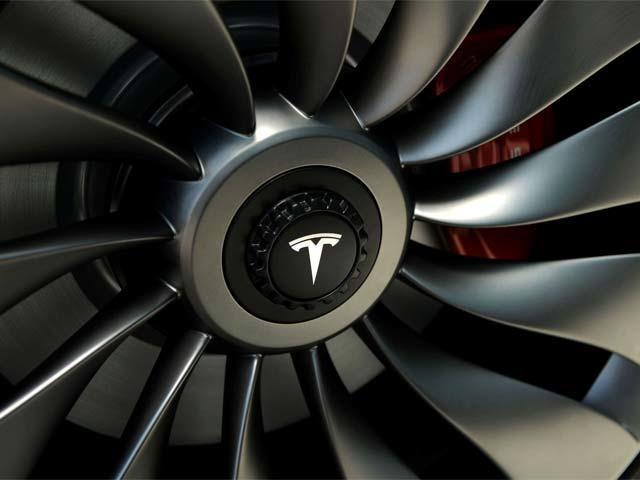 动力转向螺栓出问题 特斯拉召回12.3万辆Model S