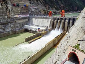 新疆南疆首座无坝式梯级水电站2019年建成并网发电