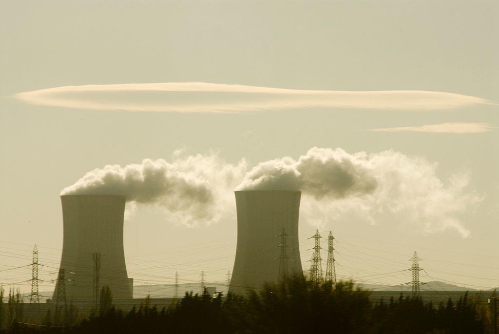 中国华电计划2018年关闭14座燃煤发电机组