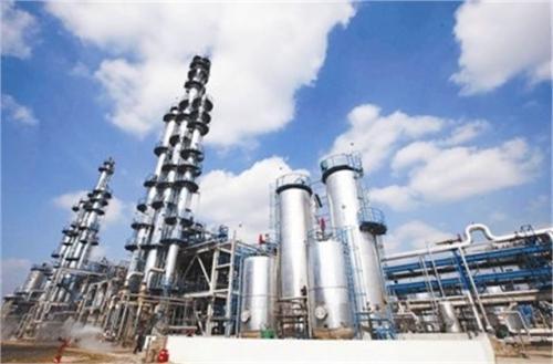 茂名石化加氢基础油首航出口新加坡
