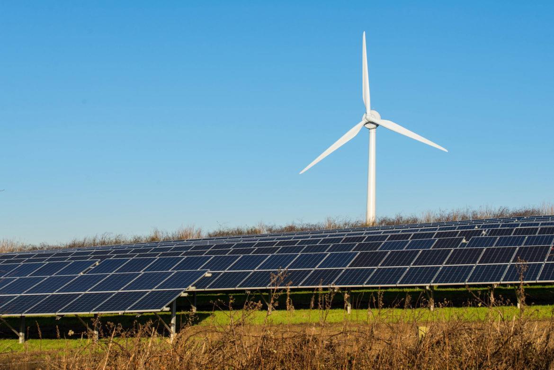 全球风电与太阳能投资正在赶超化石燃料
