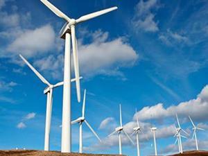 湖南安化芙蓉山风电场首台风机成功并网