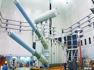 常州东芝研制的国内最大容量三相一体变压器顺利出厂