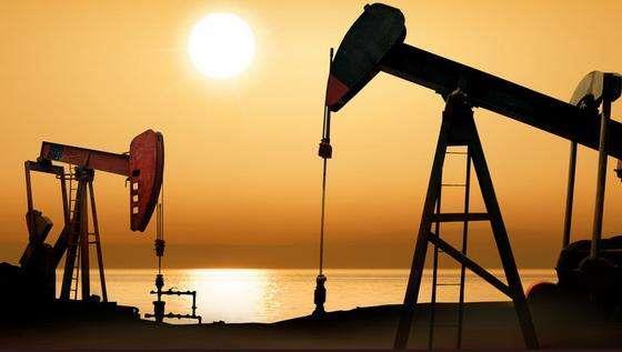 周一油价上涨逾4%