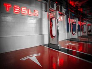 特斯拉超级充电站网络明年将覆盖整个欧洲