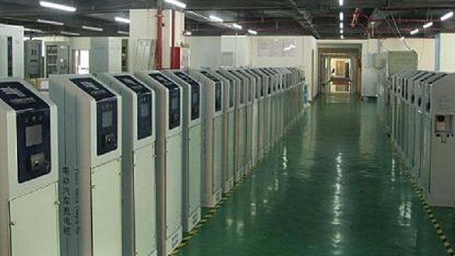 国内建成首座电动乘用车大功率充电示范站