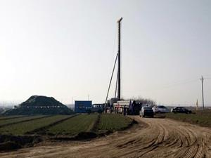 河北临西万辉150兆瓦风电场首台风机桩基开始施工