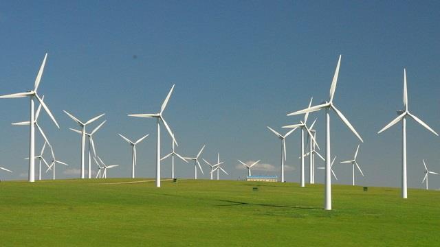 山西陵川二期50兆瓦风电项目并网发电