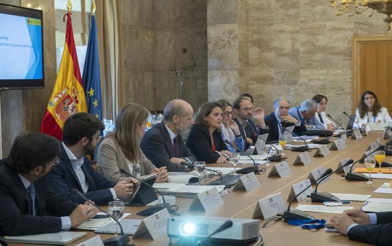 西班牙、葡萄牙和法国同意加强可再生能源合作
