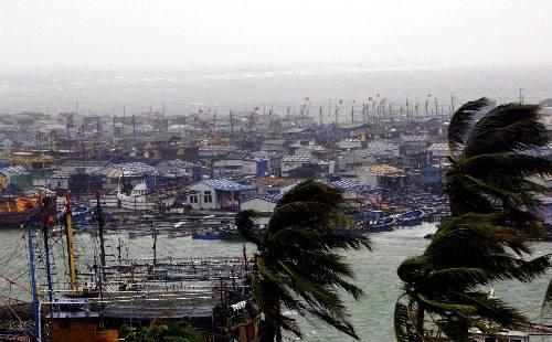 """工信部:台风""""利奇马""""对通信造成影响正逐渐恢复"""