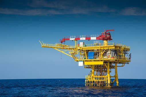 未来三年阿曼将对石化行业投资100-150亿美元