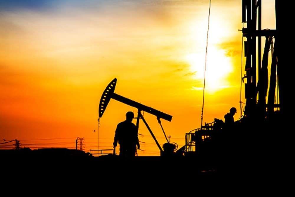 IEA:石油需求增速自2025年起放缓 但20年内不达峰值