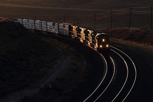 能源局:全国统调电厂煤炭库存可用24天 处于合理水平