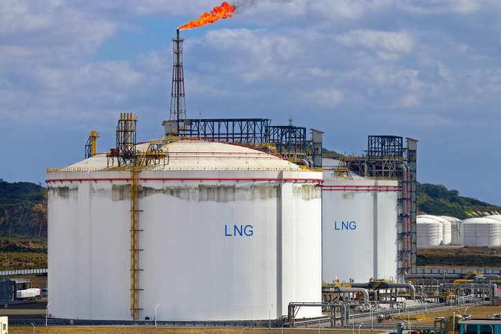 市场前景低迷 卡塔尔推迟液化天然气扩张计划