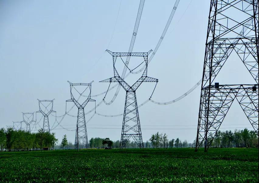 青海-河南±800千伏特高压工程(青海段)复工