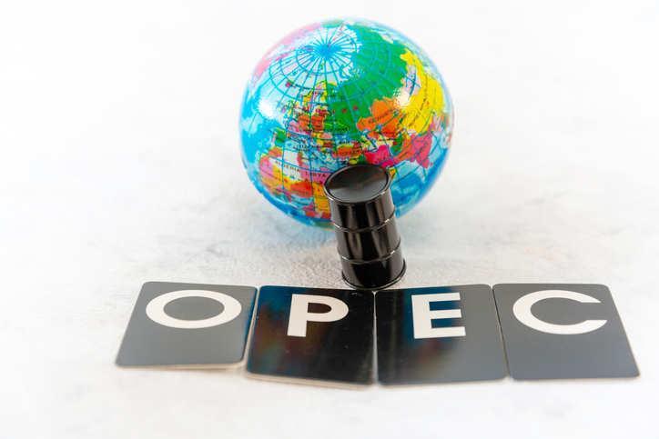 油价暴跌 欧佩克成员国每日收入损失超5亿美金