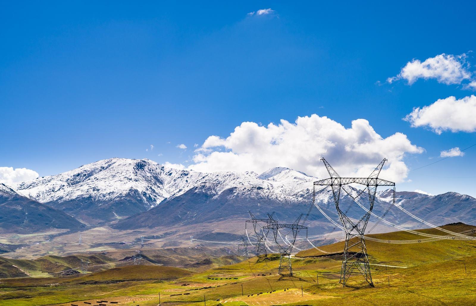 青藏联网工程双向累计输送电量破百亿千瓦时