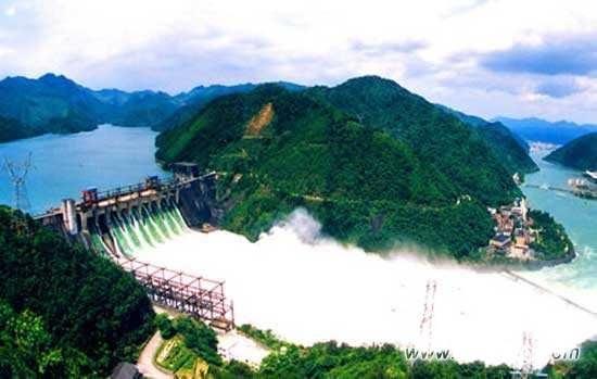 中企投建老挝南欧江七级水电站大坝固结、帷幕灌浆完工