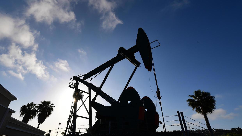 全球出行限制措施致炼油厂受重创