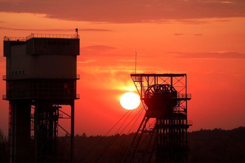 疫情得到控制 波兰12座煤矿有望按时恢复运营