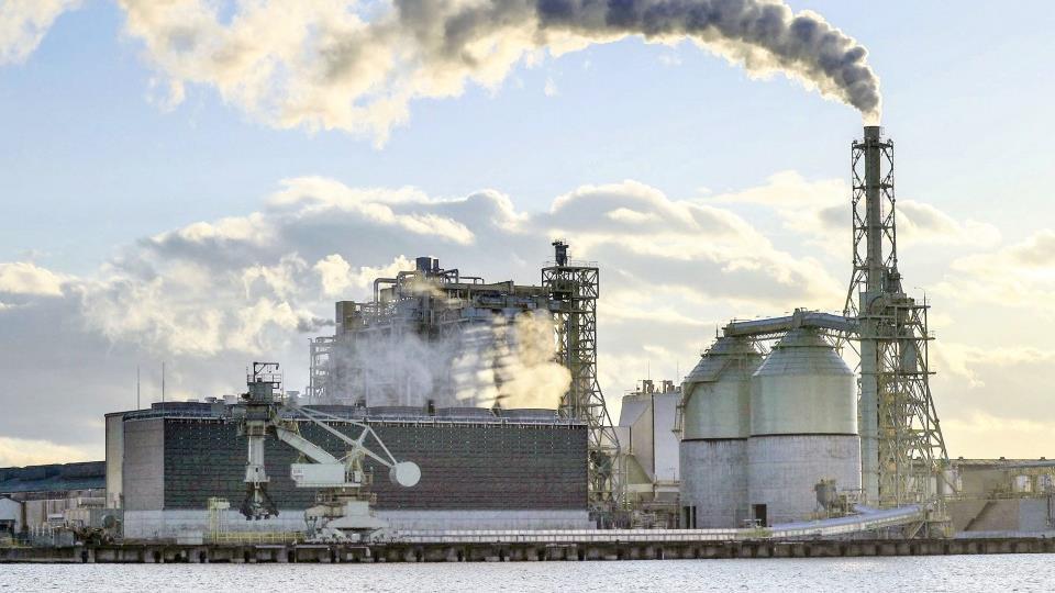 未來十年日本計劃關閉100臺燃煤發電機以減少排放