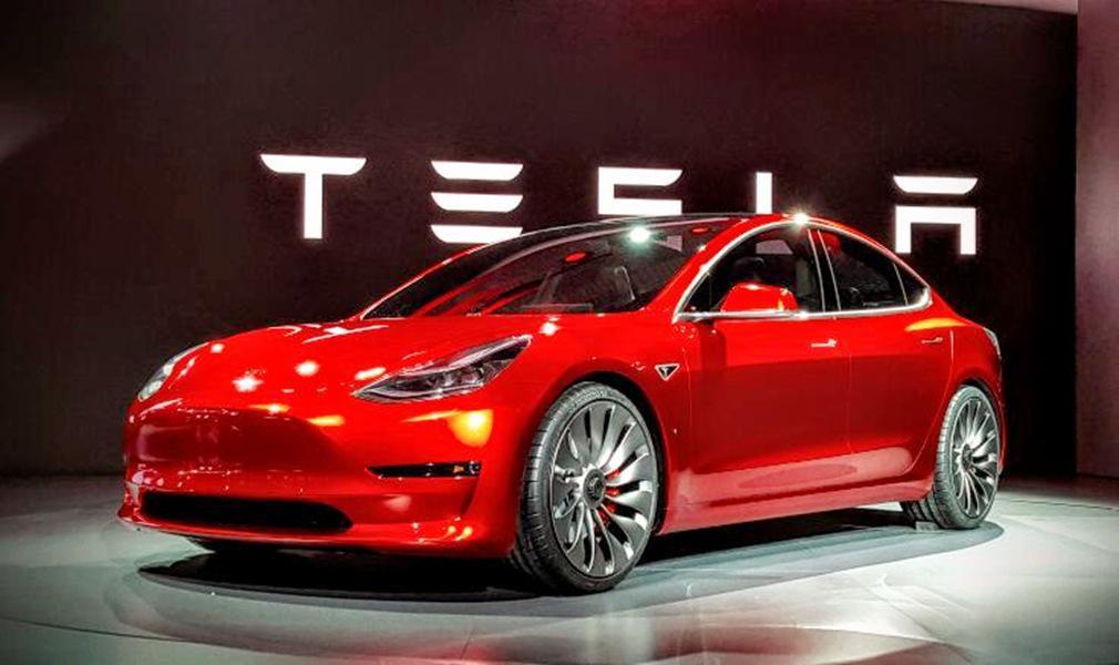 """破解""""里程焦虑"""" 长续航新能源车市场争夺战已打响"""
