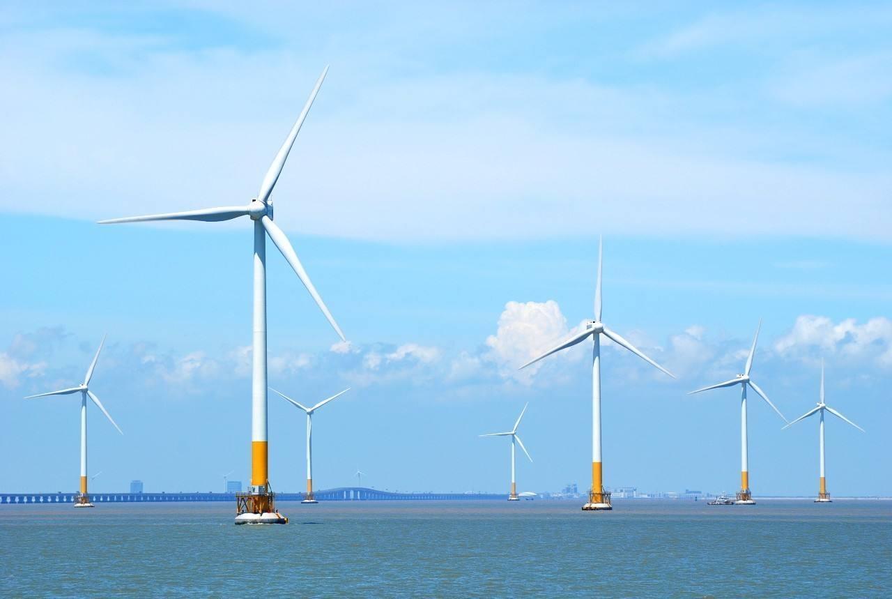 亚洲首次实现海上风电大直径单桩浮运沉桩