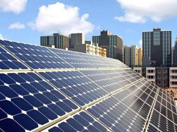 光伏:全球三分之一国家中增量最大电源
