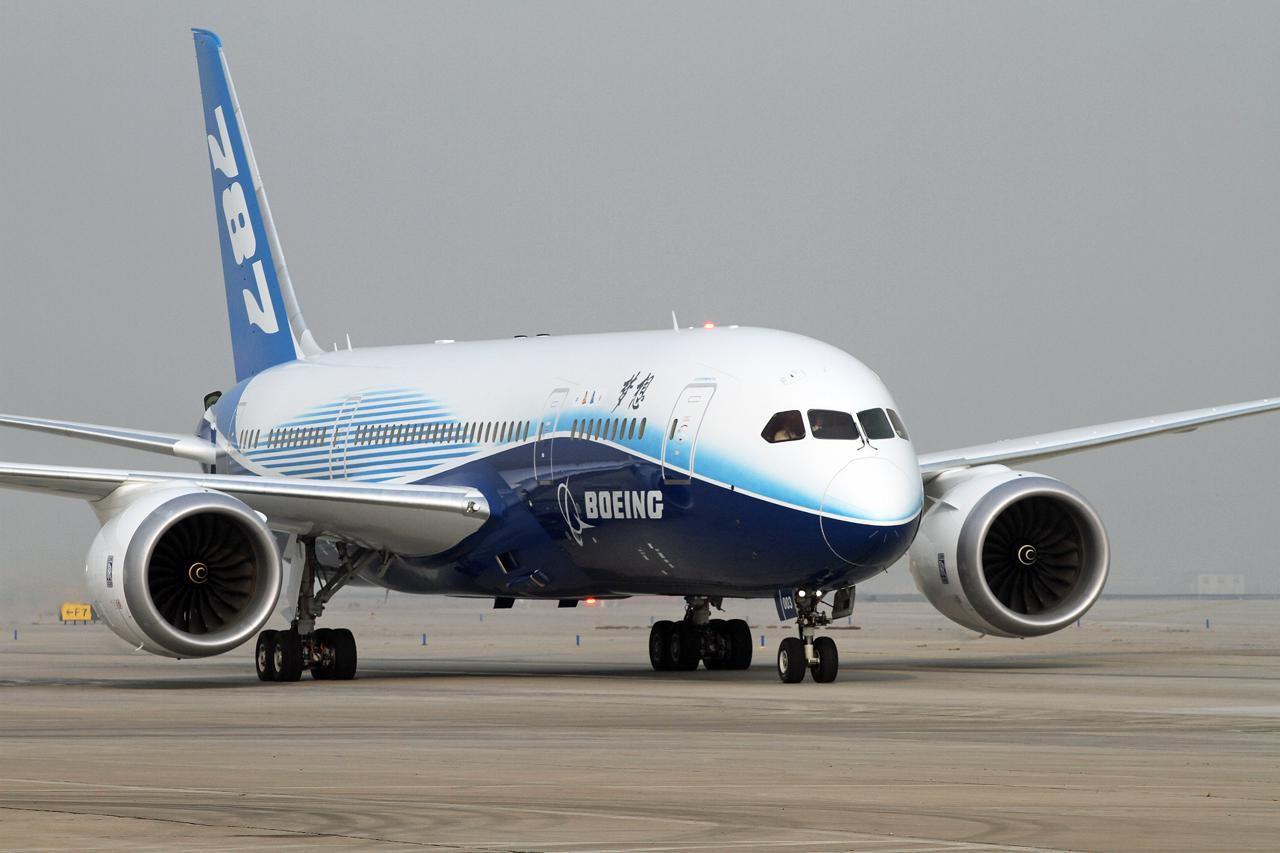 美国波音787梦幻客机部分零件不符合标准 涉及约900架