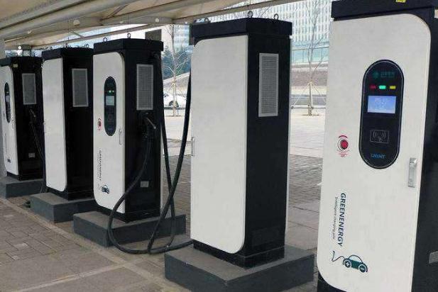 8月全国公共充电桩新增2.6万台