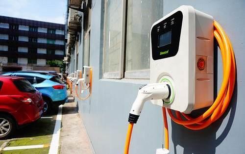 从25%到20%:新能源汽车产业发展规划更追求质量