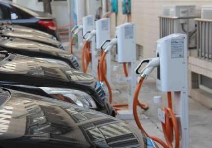 雙積分政策深入推進 2021年新能源車增量空間大
