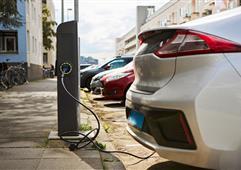 受政策驱动 过去12个月欧洲电动汽车需求激增