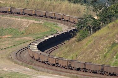 2021-2025年全球铁矿石产量年均增速达3.6%