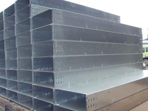 8月我国电解铝产量为316万吨 同比增0.4%