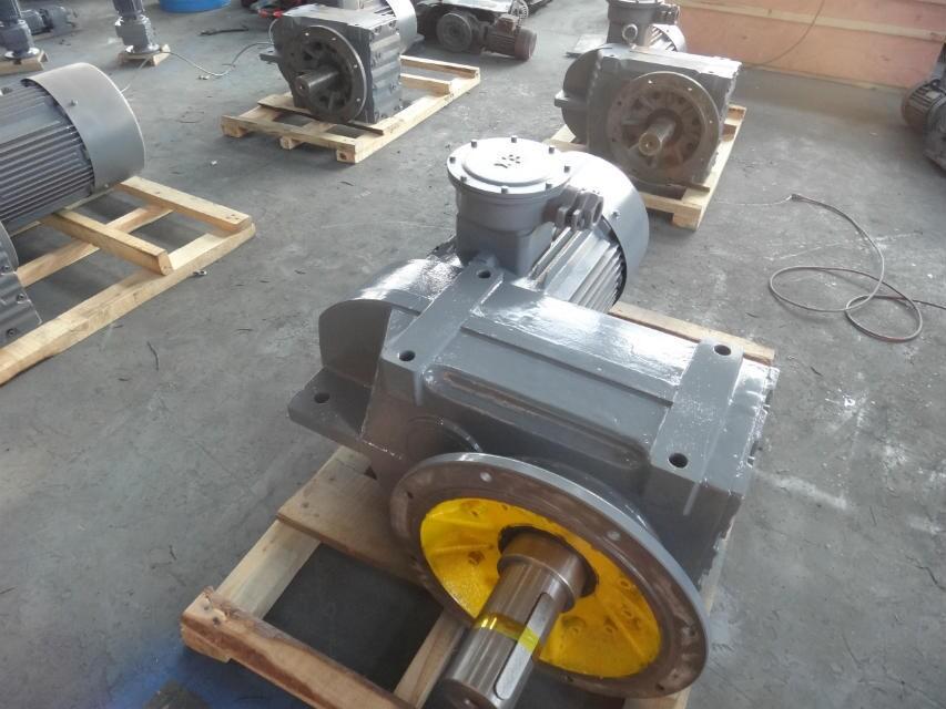 F系列平行軸斜齒輪減速機(齒輪全磨,噪音低)